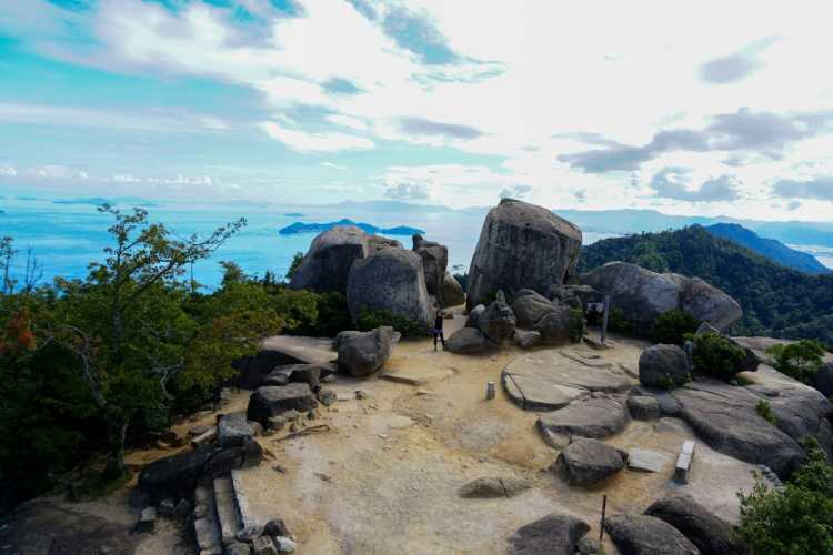 Beautiful Place That Has Won Three-Star Of Michelin | Review of Mt. Misen