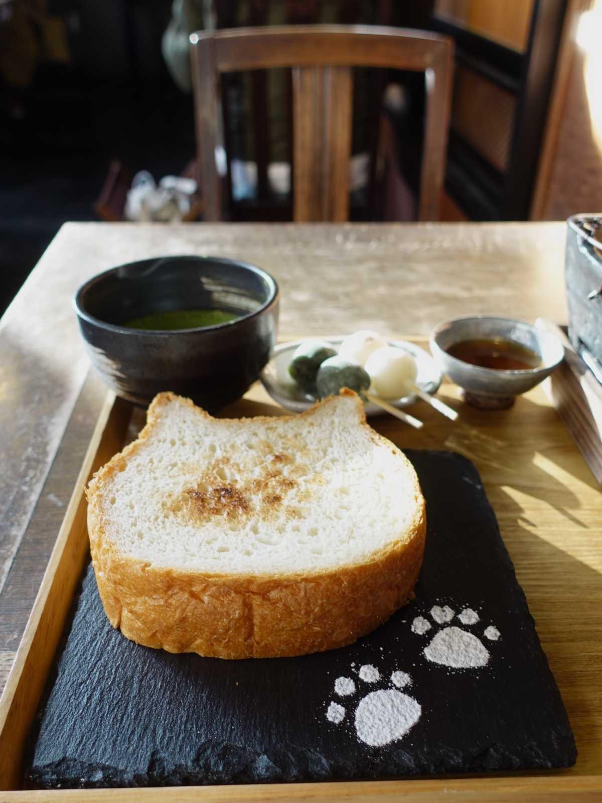 ねこパンが人気の京都嵐山のイクスカフェ♡お団子もモチモチ - TRIPROUD