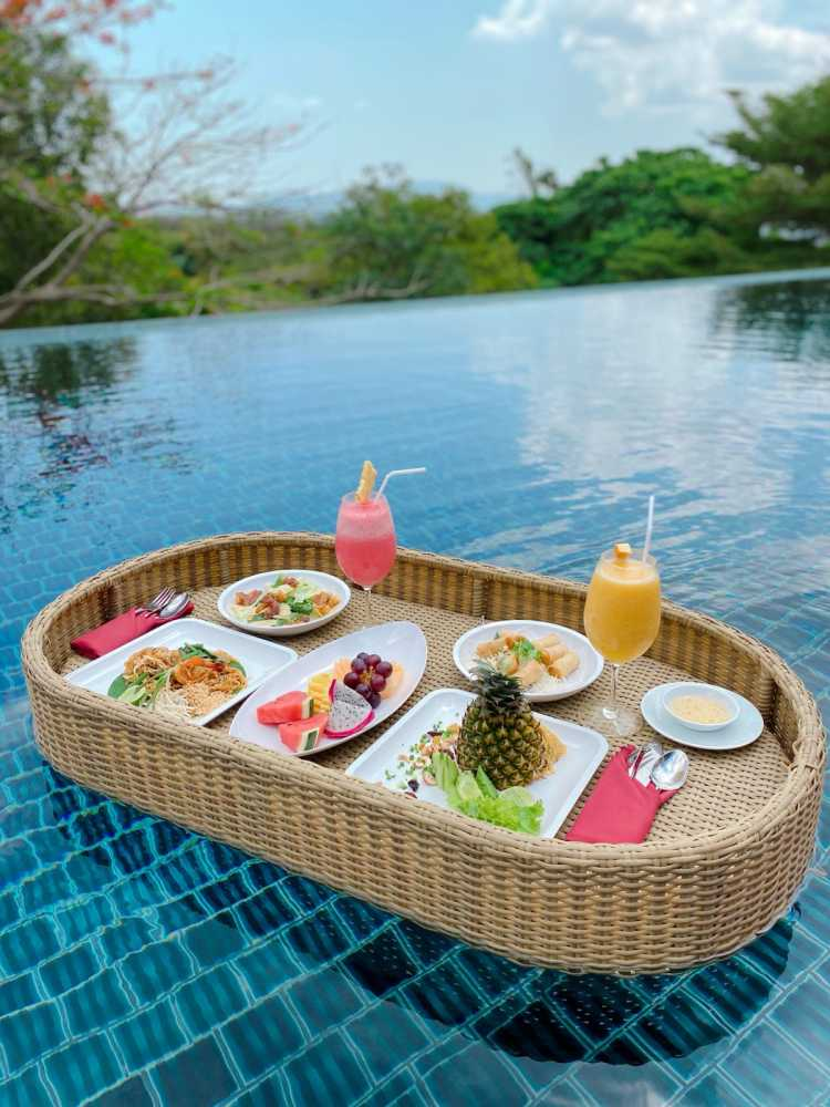 Floating Lunch at the Retreat-Style Resort Villa