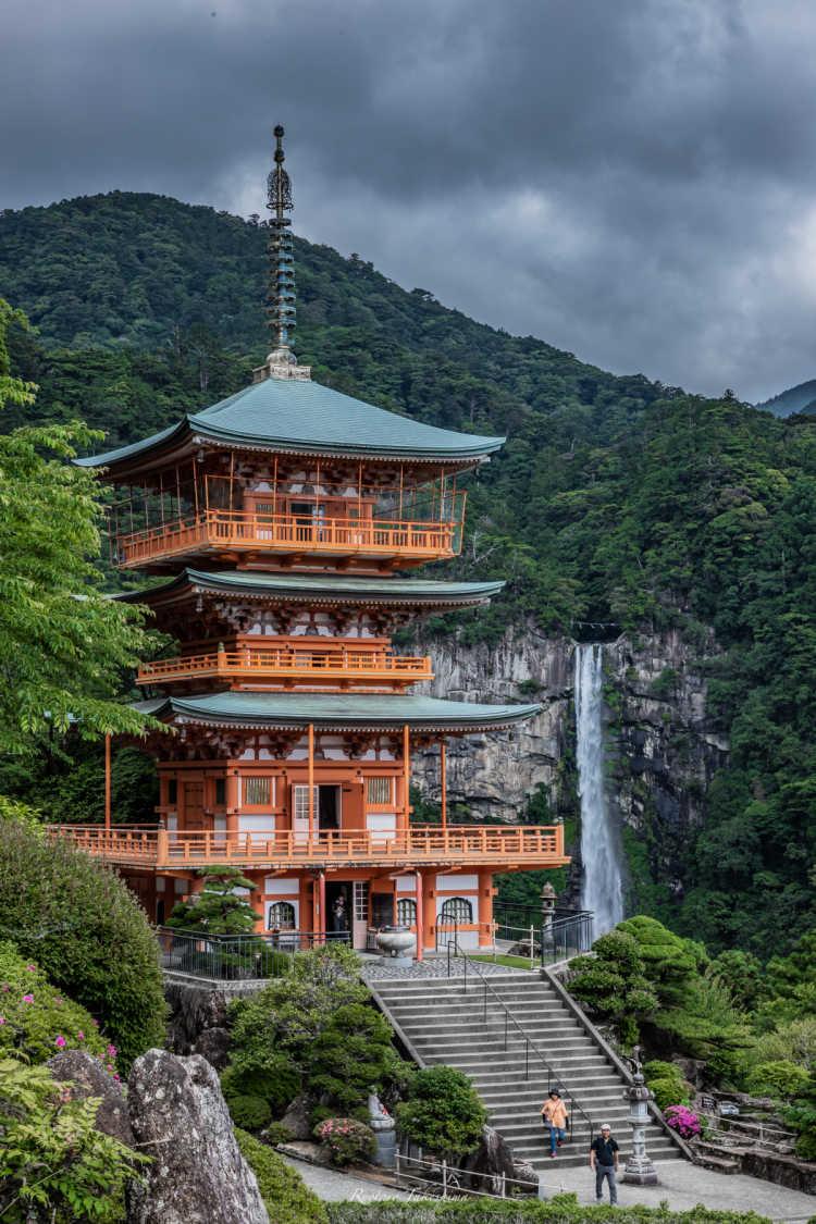 三重塔と大瀑布のコラボ | 那智の滝の口コミ